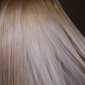 TONING BRASSY BLONDE HAIR || WELLA T18